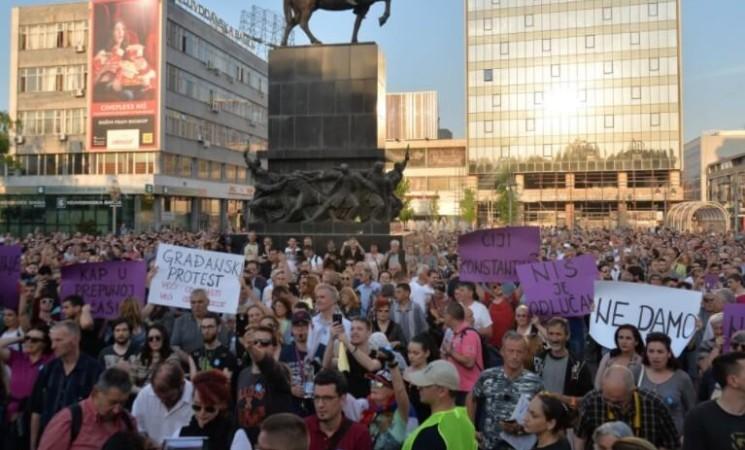 """""""IŠ"""" iz Niš,protesti se nastavljaju"""